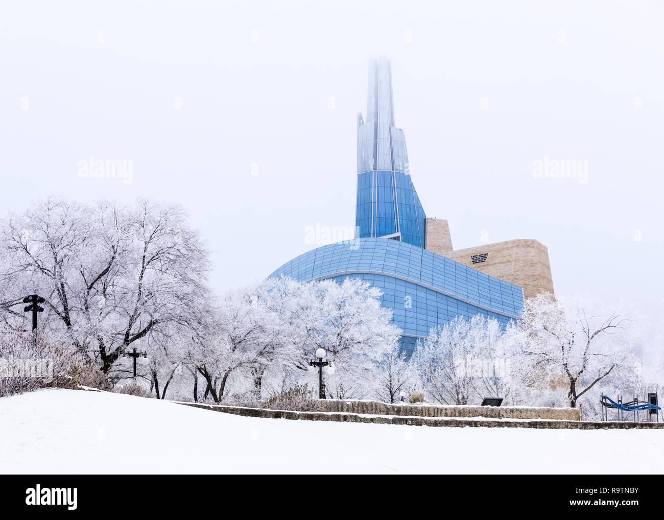 Museo canadiense de los derechos humanos en un helado día de invierno, Winnipeg, Manitoba, Canadá. Foto de stock