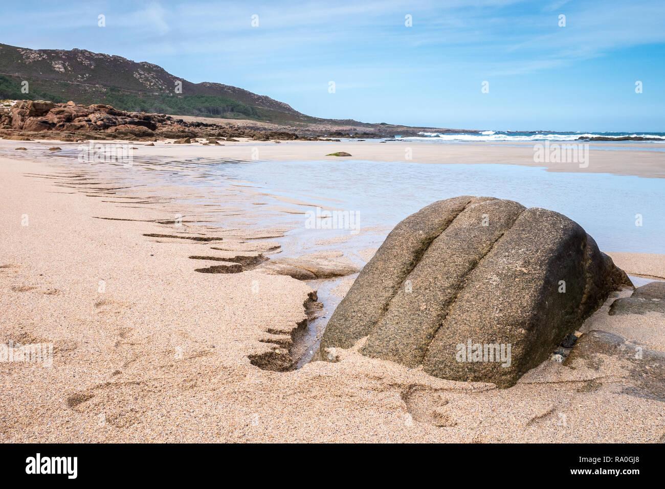 Praia do trece Beach en los farallones Hiking Trail cerca Camarinas, Galicia, España Imagen De Stock