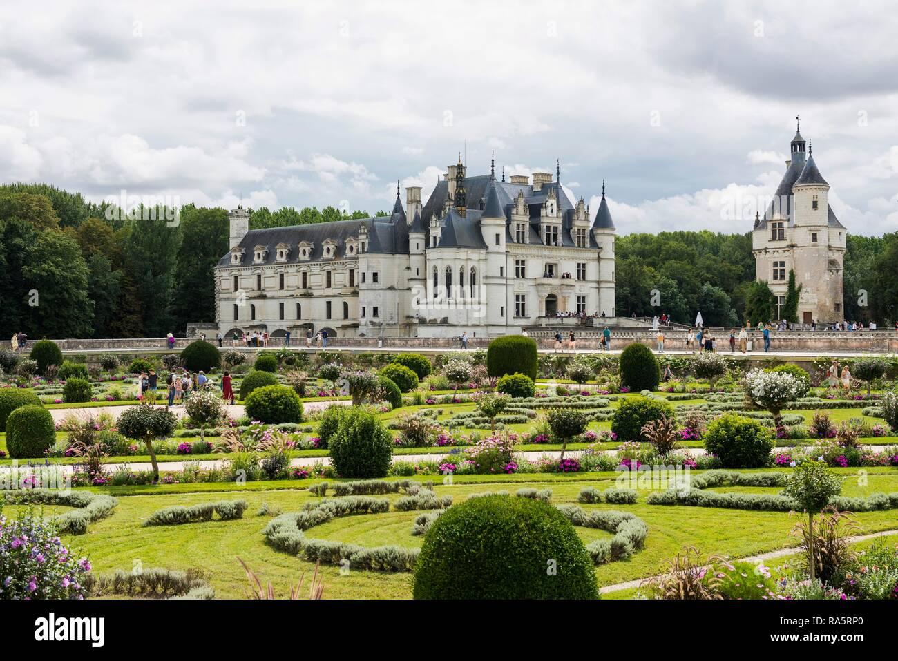 Castillo de Chenonceau y sus jardines, el Château de Chenonceau, Chenonceaux, departamento de Loira, Indre-et-Loire, Región Centro, Francia Imagen De Stock
