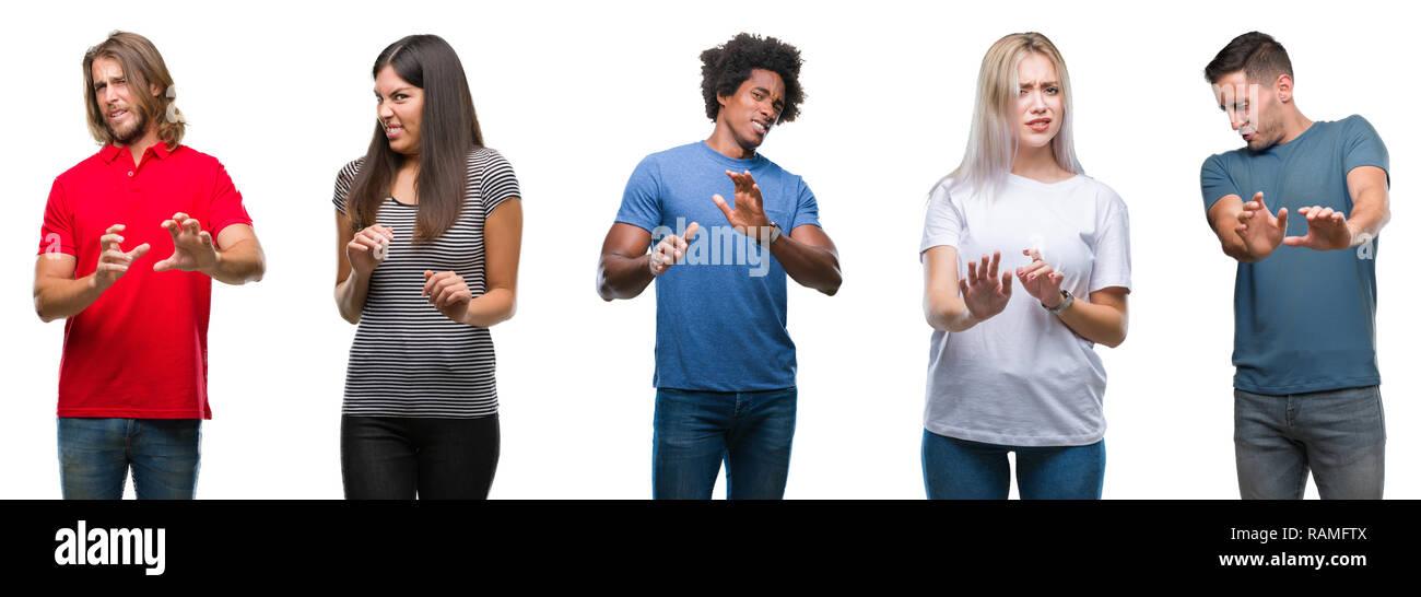 Composición de africano-americanos, hispanos y caucásicos grupo de personas aisladas sobre fondo blanco asqueados de expresión, disgustado y temen hacer Foto de stock