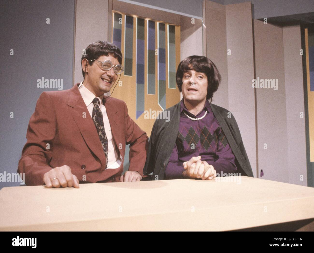 MARTES Y trece. JOSEMA Yuste, Millán Salcedo. DUO humorista español. ACTUACION EN TVE. Imagen De Stock