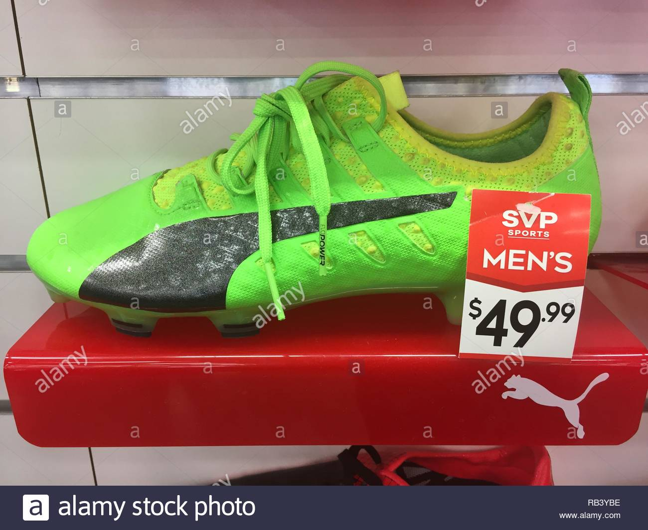 Football Shoes Imágenes De Stock   Football Shoes Fotos De Stock - Alamy 3fa6ddfc545b3