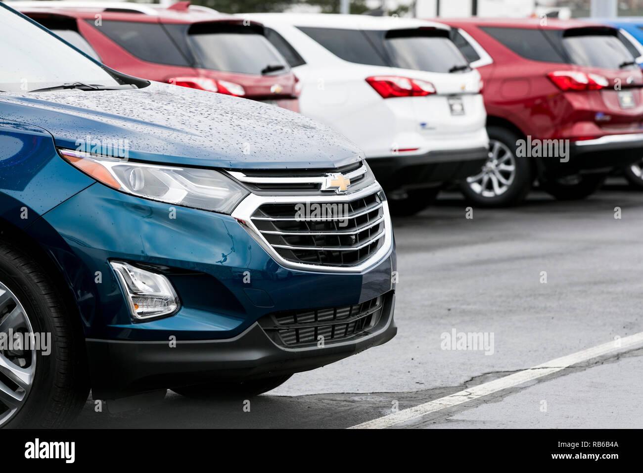 Nuevo Chevrolet (Chevy) de vehículos utilitarios deportivos (SUV) en un concesionario mucho en Wilkes-Barre, Pennsylvania, el 30 de diciembre de 2018. Imagen De Stock