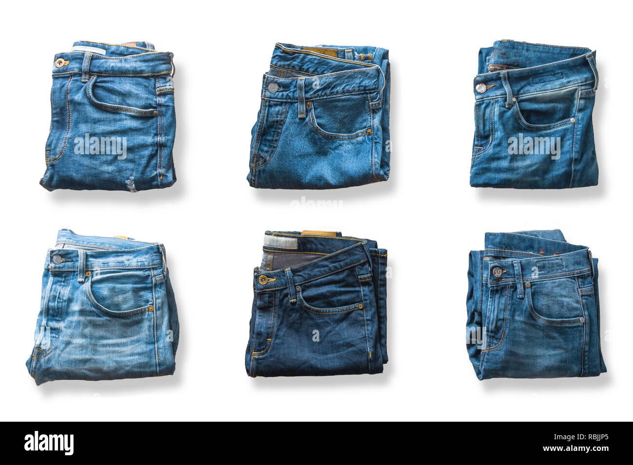 9ffa55426 Vista superior de los pantalones vaqueros azules aislado sobre fondo blanco.  Imagen De Stock