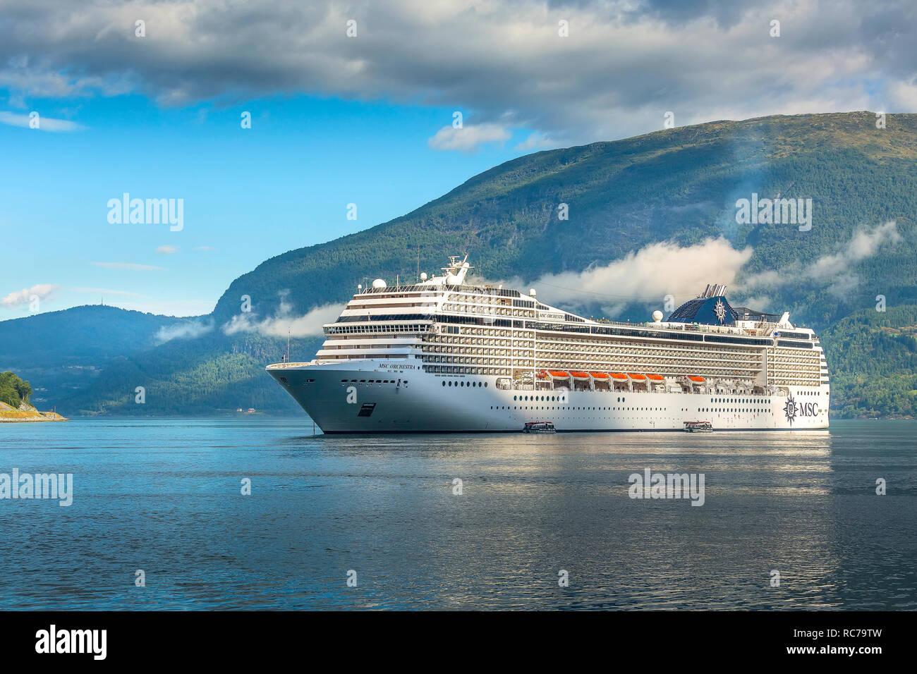 Cruceros Fiordos Noruegos 2×1 Todo Incluido – 91 279 79 75