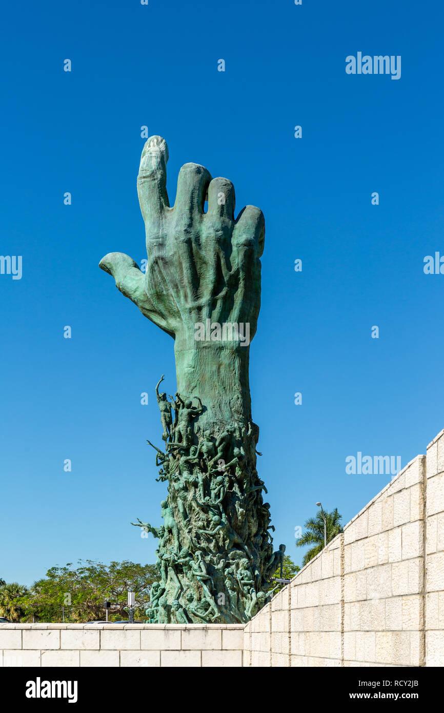 Miami Beach, Florida, EE.UU. - Enero 10th, 2019, el Memorial del Holocausto. El monumento consta de varios elementos. El punto focal es la de 13 metros (42 Imagen De Stock