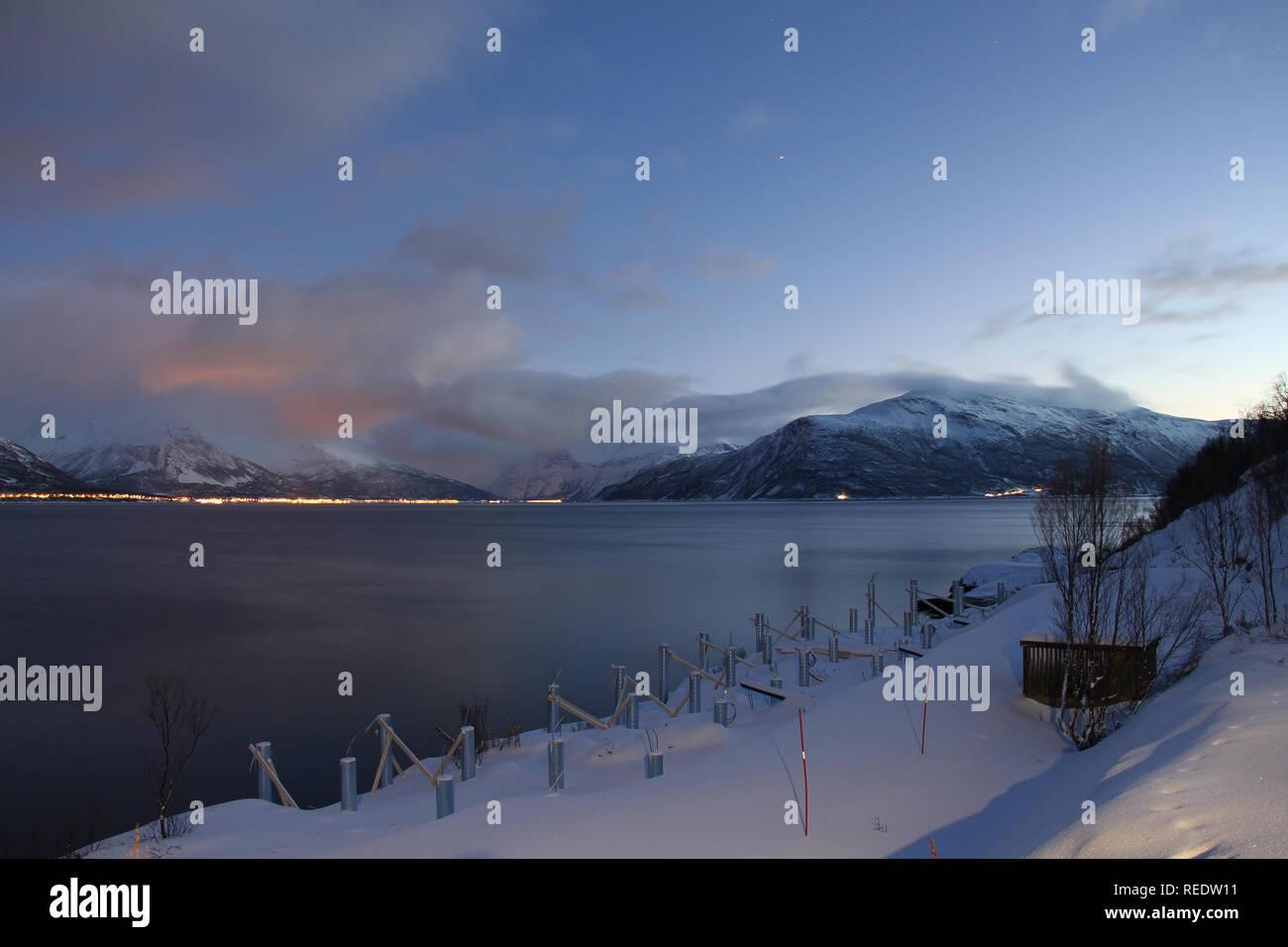 Fiordo cerca de Tromsø Foto de stock