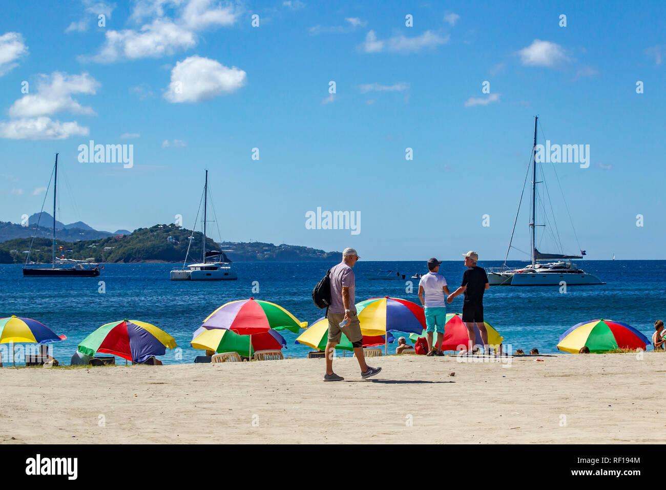 Pigeon Island Beach, Santa Lucía, una de las Islas de Barlovento en el Caribe. Foto de stock