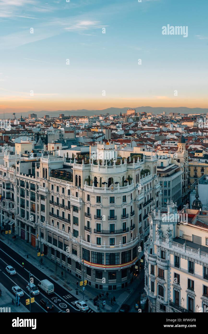 Vista De La Gran Vía Desde El Círculo De Bellas Artes