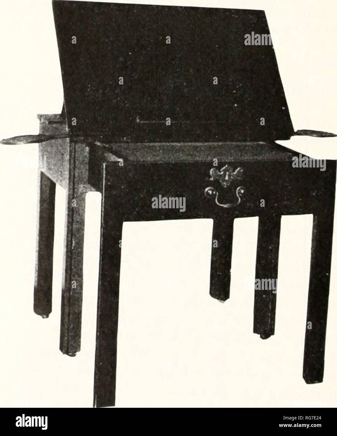 """. Boletín - Museo Nacional de los Estados Unidos. La ciencia. Figura 1.3.-HE PODIDO-escritorio en 1749 por Henry Purefoy .Shalstonc ^fanor en Buckinghamshire por John Belchier de Londres. En el año siguiente, .John Mercer recibido f43 13s. El valor de """"Gabinete Ware"""" desde que tomó nota de ebanista. (Reproducir,! Desde Purefoy letras. 1735-1753, 6'. B/e, ed.. Sidgwick y Jackson, Ltd.. Ij)ndon. 1931. Por cortés el permiso del editor). Por favor tenga en cuenta que estas imágenes son extraídas de la página escaneada imágenes que podrían haber sido mejoradas digitalmente para mejorar la legibilidad, la coloración y el aspecto de la Imagen De Stock"""