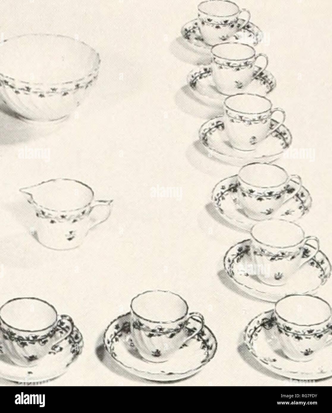 4 Taza Tetera en forma de color ámbar Blanco Inglés Porcelana Fina por Milton China