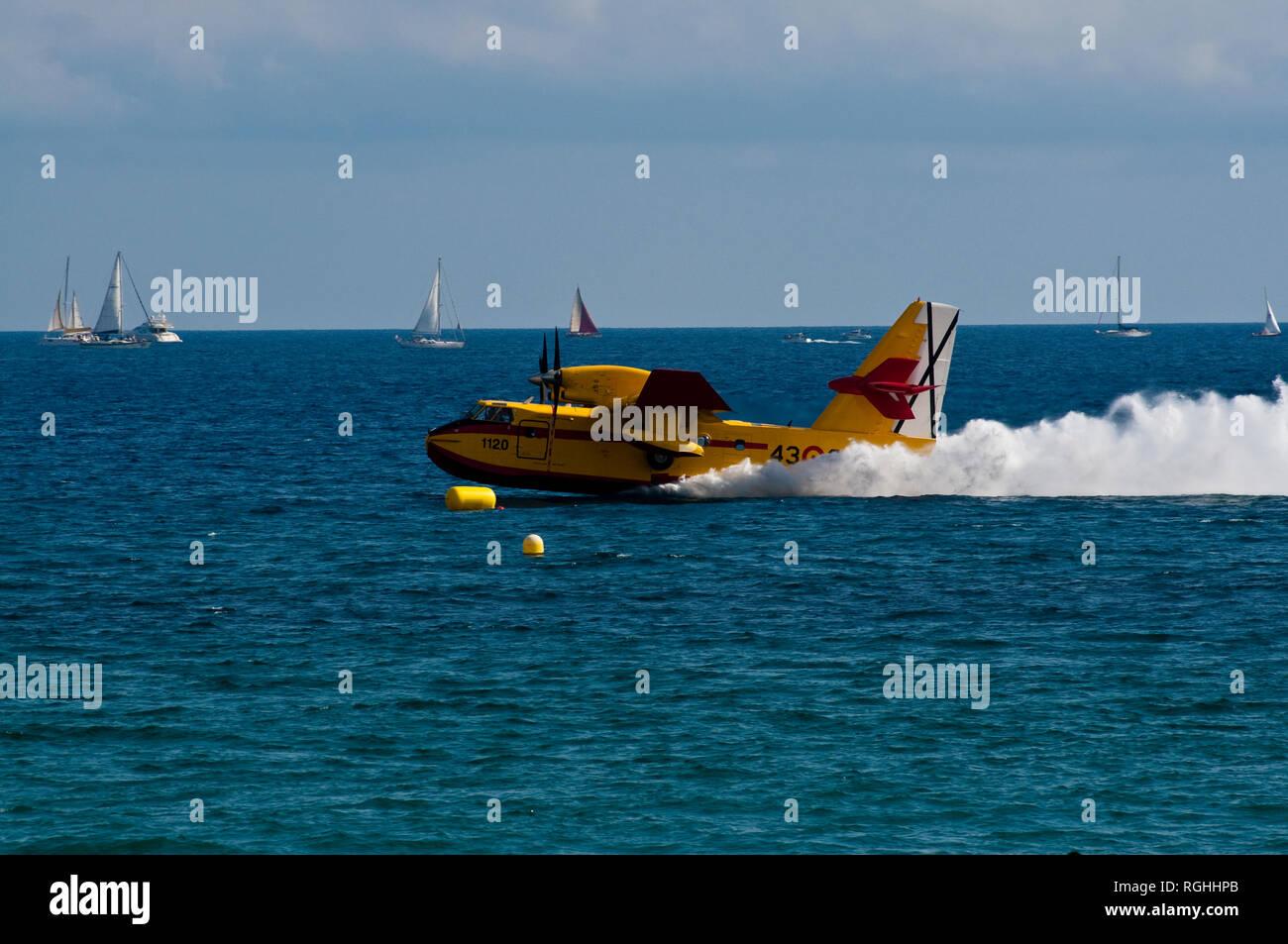 Hidroavión Canadair CL-215T Imagen De Stock