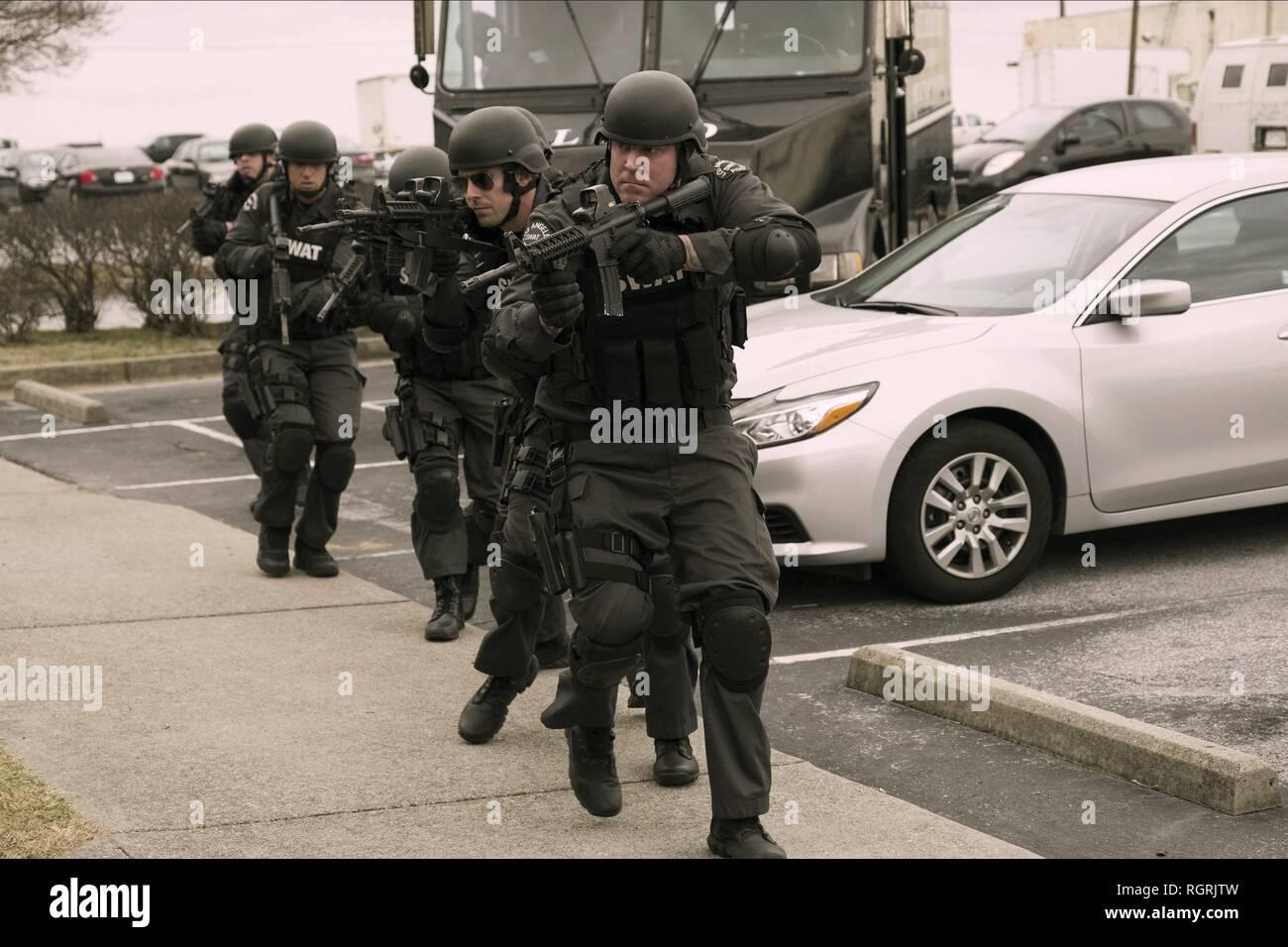 SWAT TEAM armado guarida de ladrones (2018) Imagen De Stock