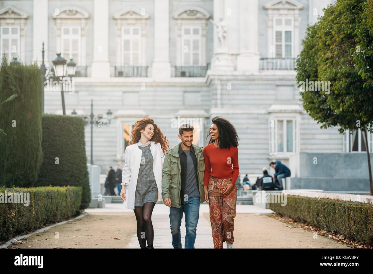 Que fácil! Hacer amigos y Hacer amigos en Madrid