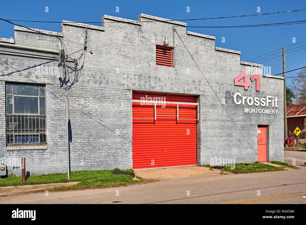 Crossfit entrada exterior delantera del gimnasio o gimnasio o club de salud en Montgomery, Alabama, Estados Unidos. Imagen De Stock