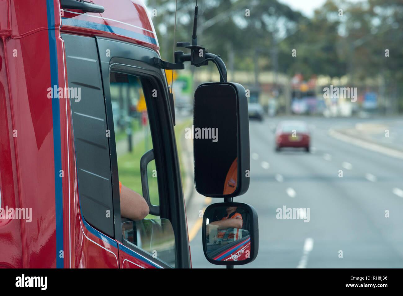 Un controlador de altura del punto de vista de un semi-remolque animadora  cabina camión f347d84f8