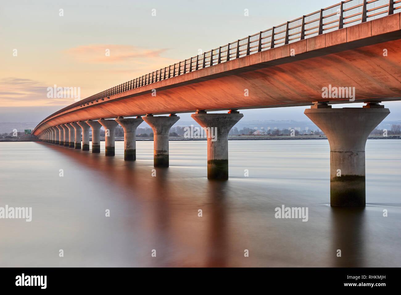 La vista desde el puente de Clackmannanshire Fife / Clackmannanshire, Escocia. La larga exposición Foto de stock