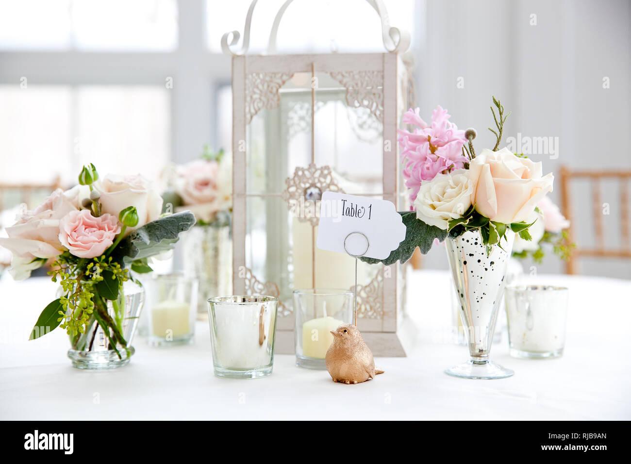 Boda Arreglos Florales Con Rosas Y Flores Blancas Bodas