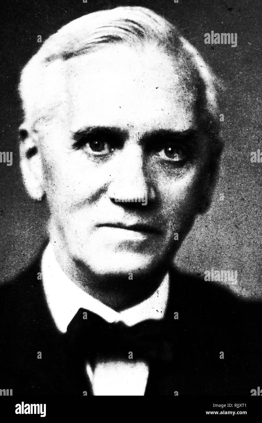 Una fotografía de Alexander Fleming (1881-1955) un médico escocés, el microbiólogo, farmacólogo y Prize-Winner Nobel en Medicina. Fecha siglo xx Imagen De Stock