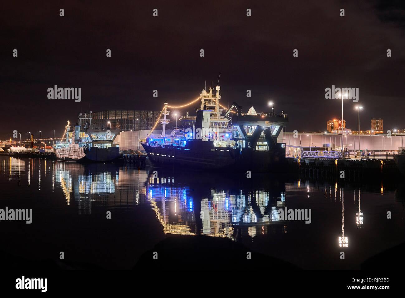 La pesca de arrastre, el puerto de Reykjavik, Reykjavik, Iceland Foto de stock