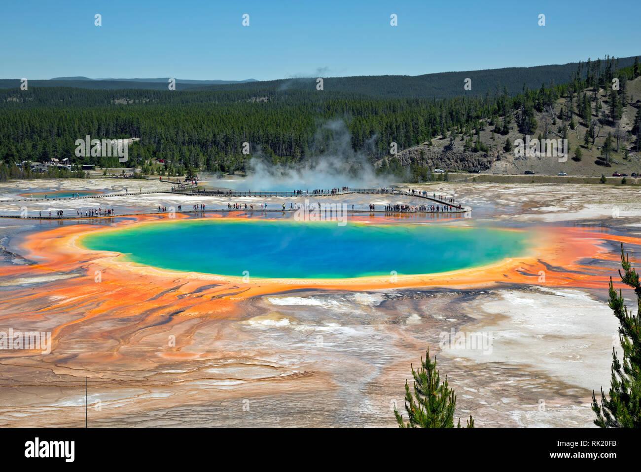 WY03388-00...Wyoming - Grand Prismatic Spriing en el Midway Geyser Basin del Parque Nacional de Yellowstone. Foto de stock