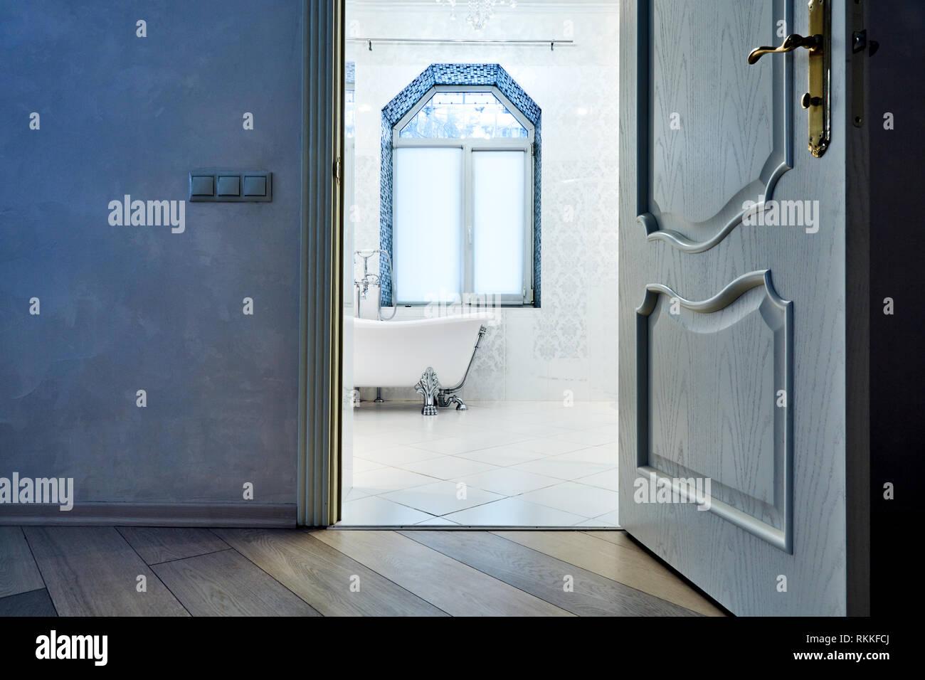 Hermoso interior de un moderno cuarto de baño. Arquitectura ...