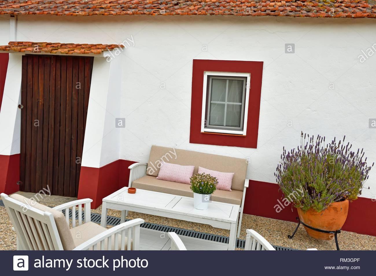 Garden Lounge, guesthouse, Herdade das Barradas da Serra, Grandola, Alentejo, Portugal, Europa southwertern. Imagen De Stock
