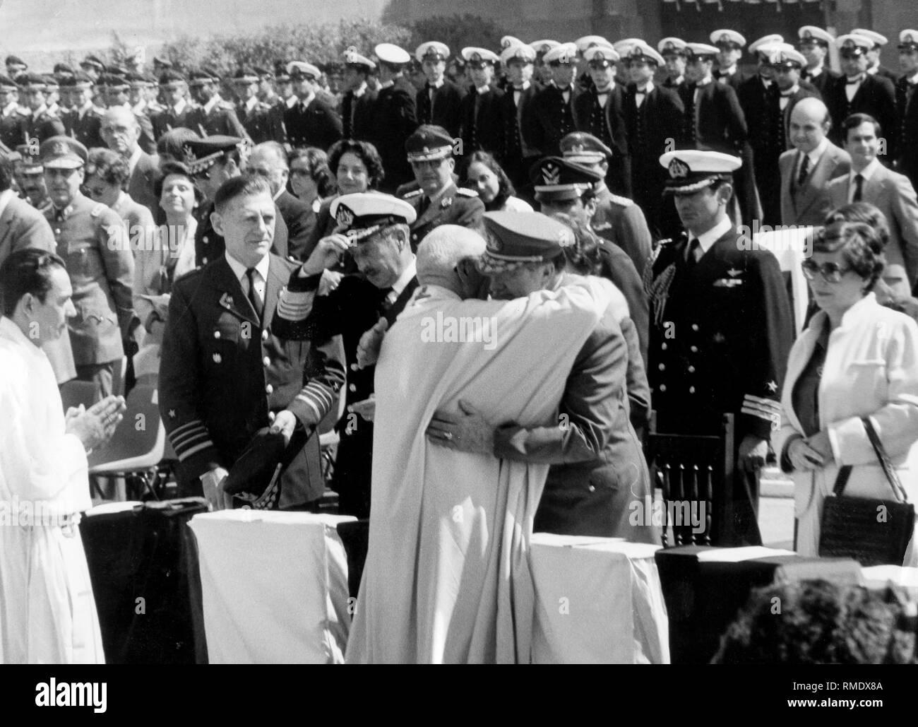 Augusto Pinochet Military Fotos E Imagenes De Stock Alamy