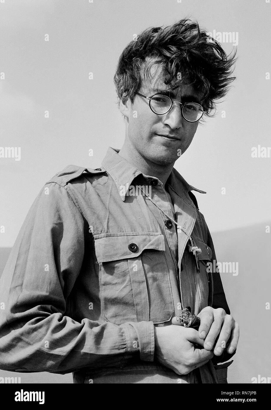JOHN LENNON, Cómo gané la guerra, 1967 Foto de stock
