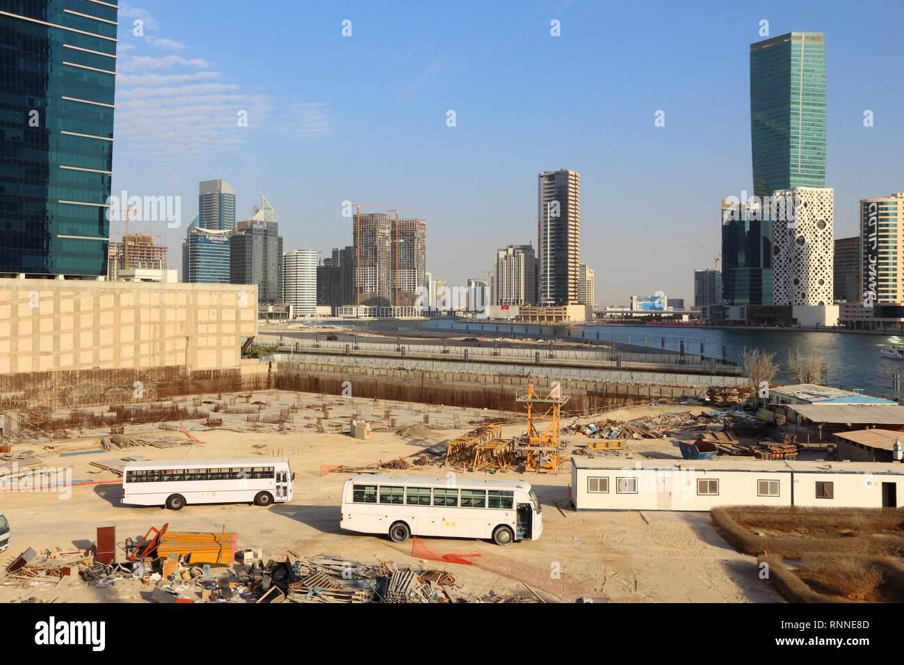 a426cd4f4d DUBAI, EMIRATOS ÁRABES UNIDOS - Noviembre 22, 2017: el desarrollo continuo  de la