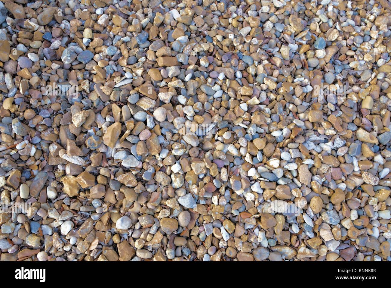 gaviones decorativos bali piedra natural gavion rojo Suelo de grava, piedra multicolor compuesto de grises, beige y marrones de  pizarra;