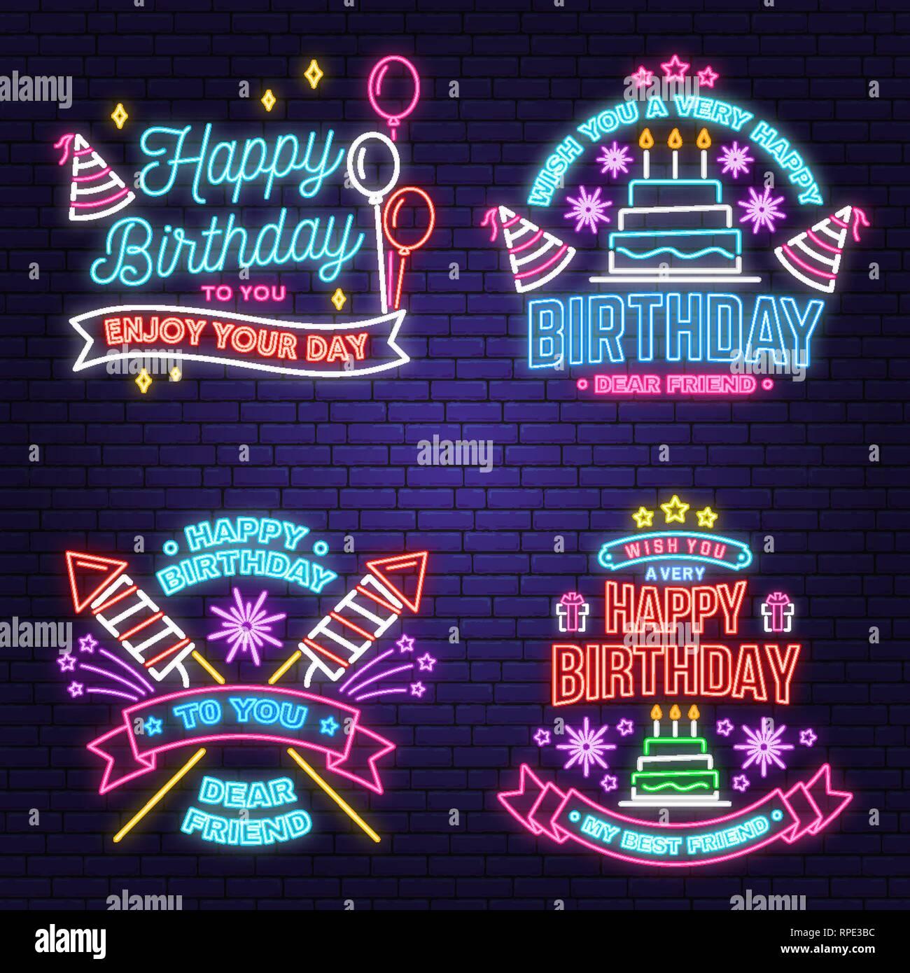 Le deseo un muy feliz cumpleaños querido amigo signo de neón. Insignia, Etiqueta, Tarjeta, con sombrero de cumpleaños, fuegos artificiales y el pastel con las velas. Vector. Diseño de neón para la celebración del cumpleaños de emblema. Cartel de neón de noche Ilustración del Vector