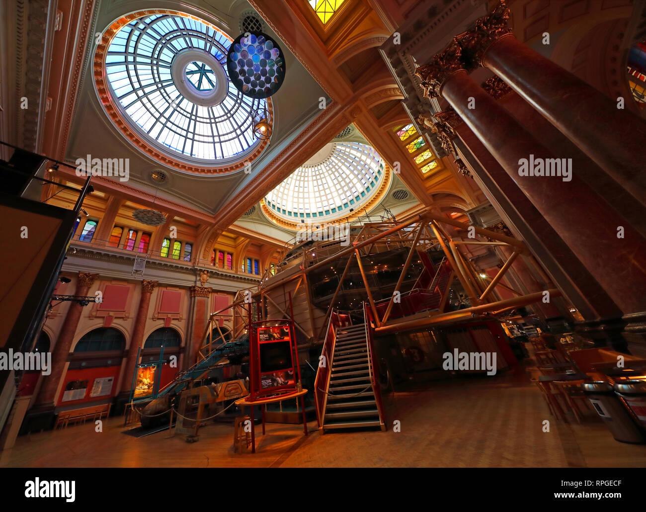 Teatro Royal Exchange Theatre, St Anns Sq, Manchester, Inglaterra, Reino Unido, M2 7DH Foto de stock