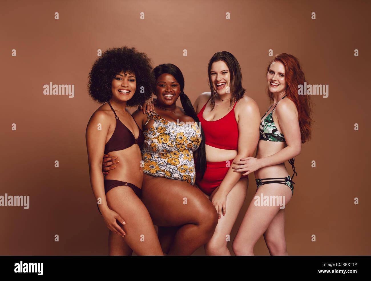 Alamy Bikinis Fotos Stockamp; De Black Imágenes rodCBQxeW