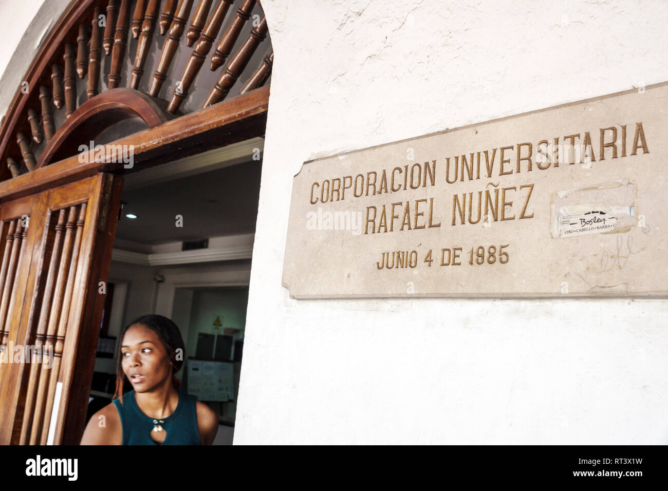 Cartagena Colombia ciudad amurallada vieja Centro Centro Hispanic Corporación Universitaria Rafael Núñez residentes Residente estudiante universitario educ superior Imagen De Stock