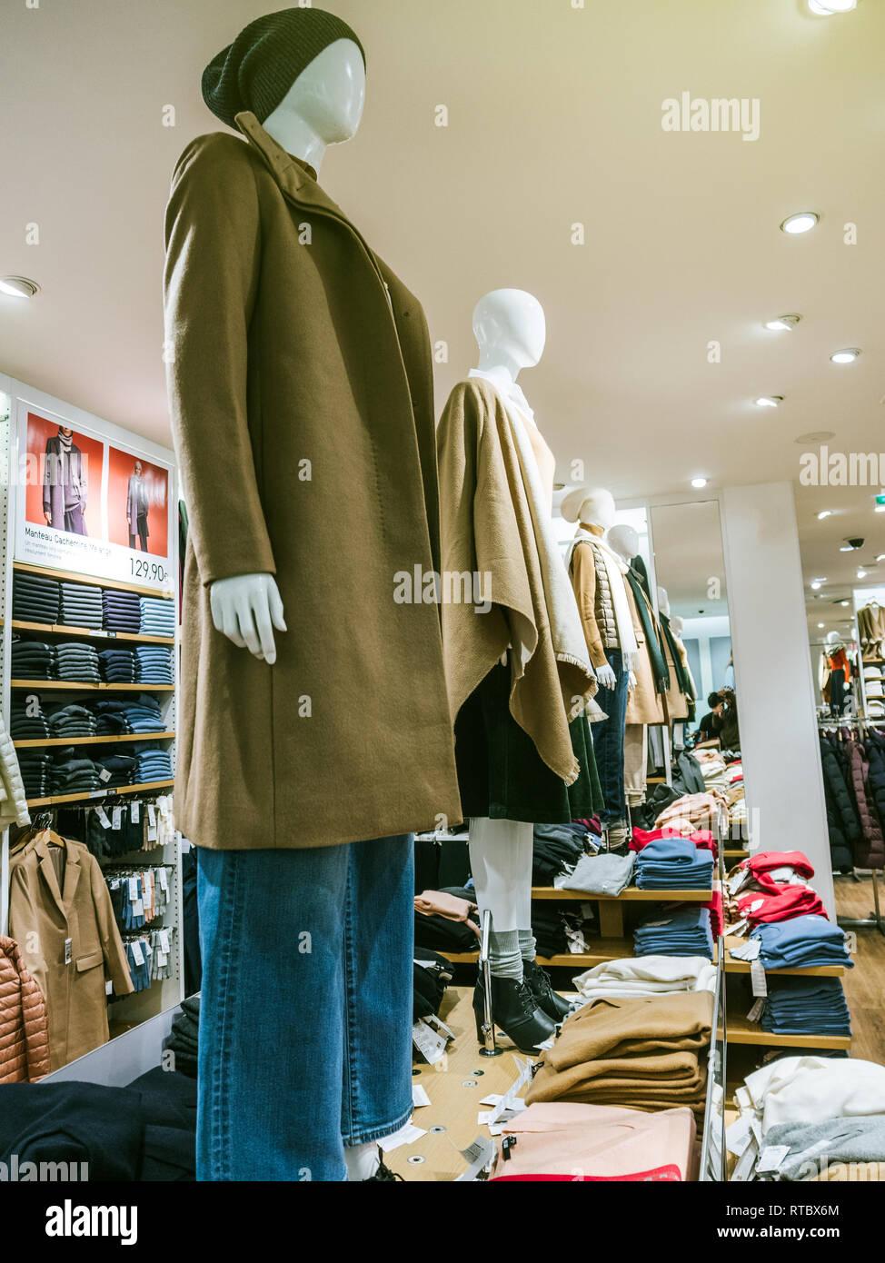 Boutique en ligne 43ad4 6a64c Moda otoño-invierno de ropa femenina en la pantalla en la ...