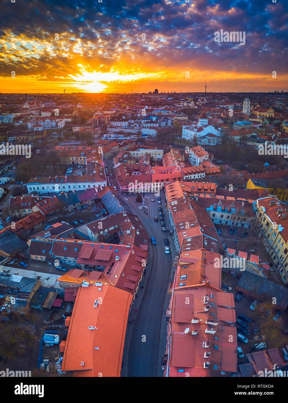 Vilna, Lituania - vista aérea de la ciudad vieja de Vilnius Foto de stock