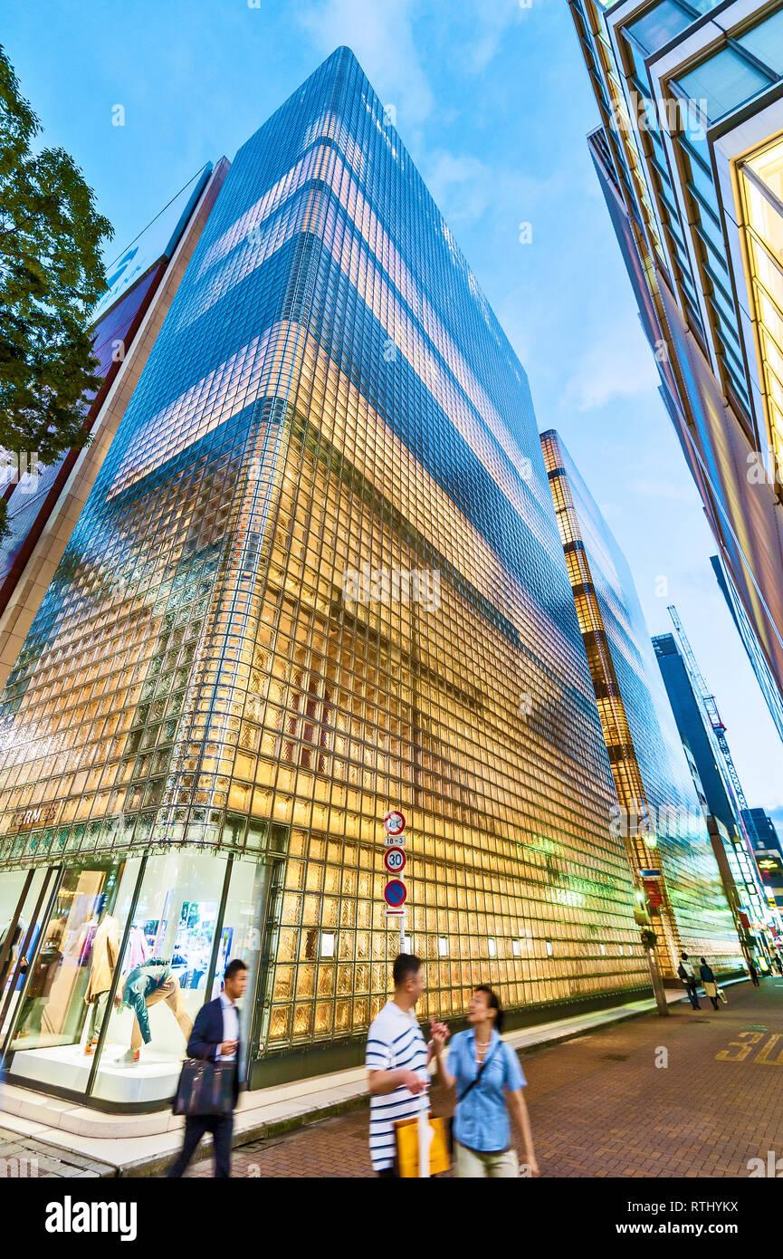 Hermes arquitectura Renzo Piano Ginza el barrio de Ginza de Tokio JAPÓN Imagen De Stock