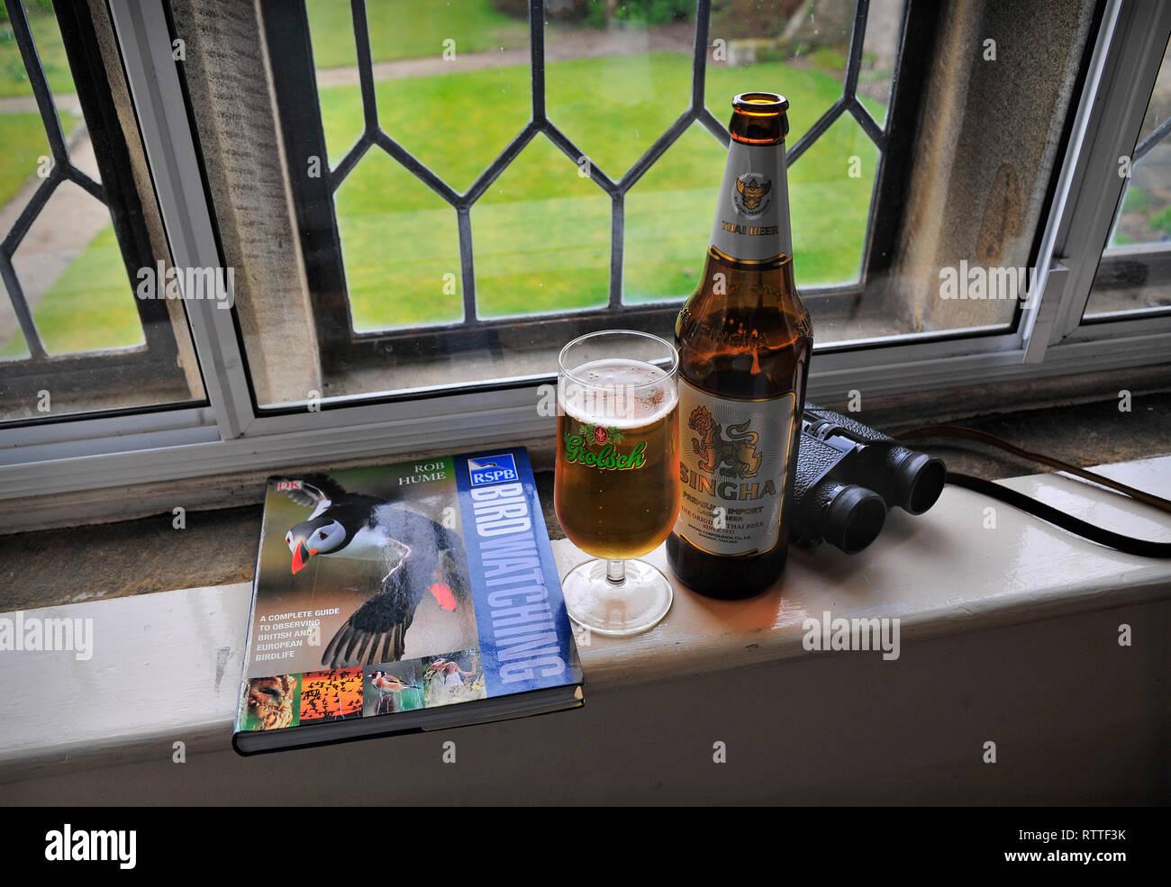 Observación de aves la cerveza pasatiempos Imagen De Stock