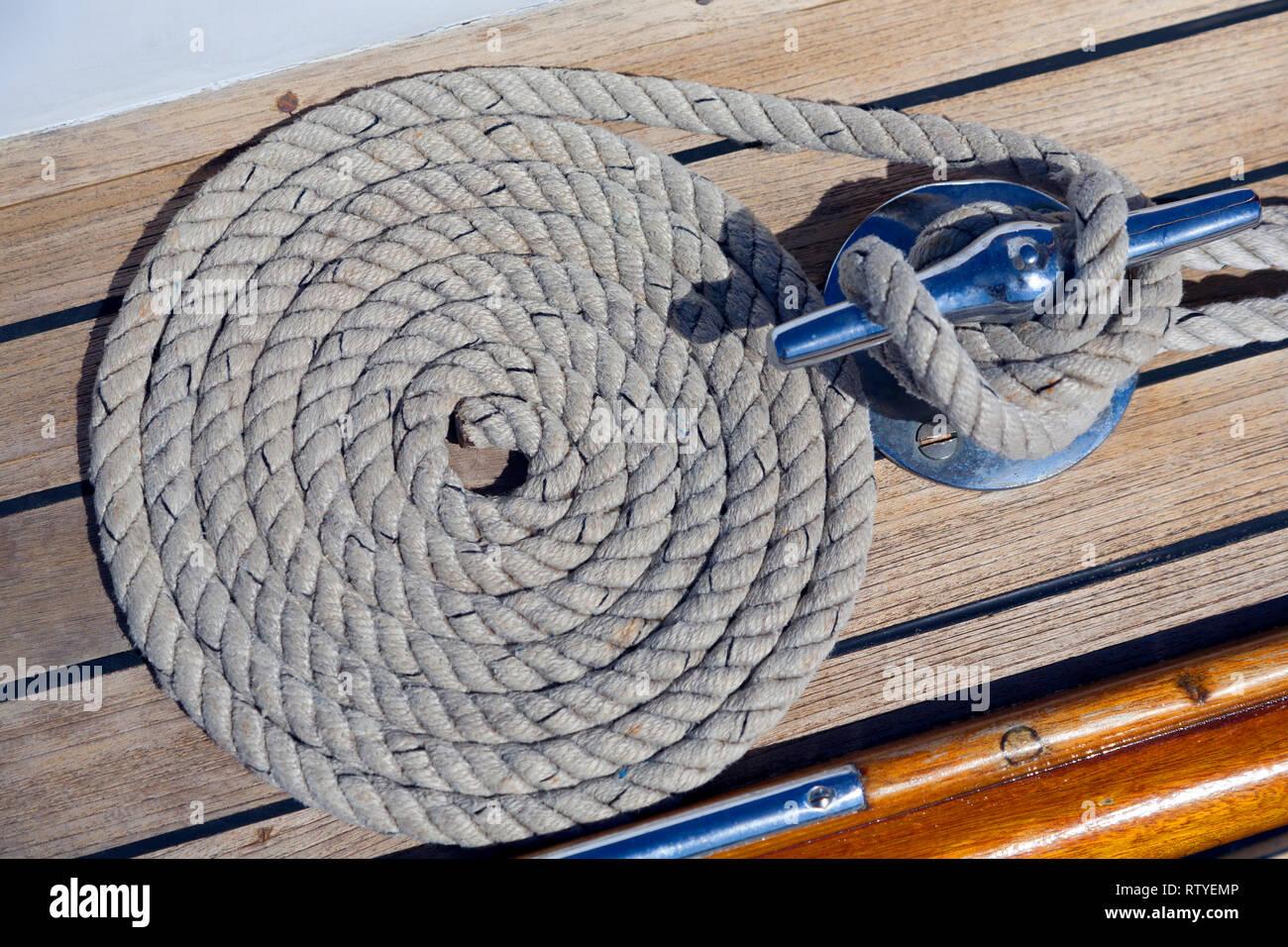 Classic, barco, yate, enrolladas, cuerda, cubierta, hoja, mordaza, Imagen De Stock