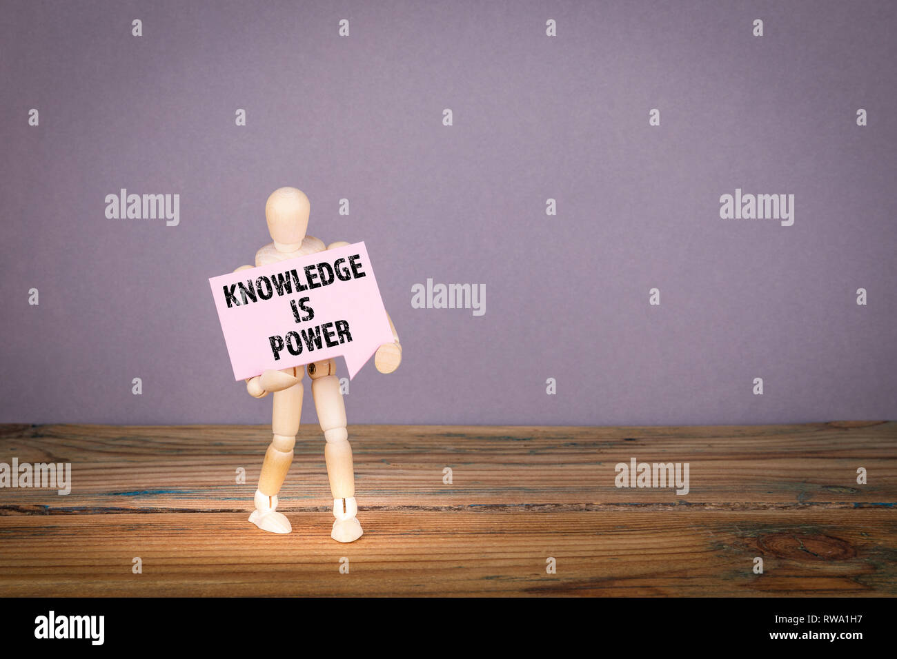 El conocimiento es poder concepto Foto de stock