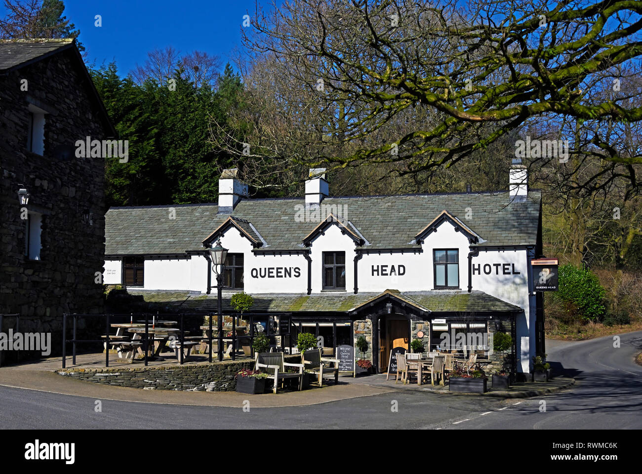 Queen's Head Hotel. Troutbeck, Windermere, Lake District National Park, Cumbria, Inglaterra, Reino Unido, Europa. Imagen De Stock