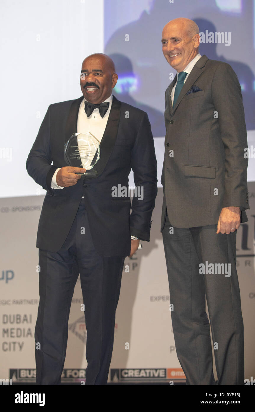 Dubai, Emiratos Árabes Unidos, 13 de marzo de 2019, Steve Harvey recibe el premio Lifetime Grupo MBC Contribución en Dubai Dubai, premios Lynx lynx 2019 - Festival Internacional de la creatividad © ifnm / Alamy Live News Imagen De Stock