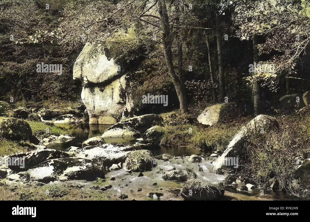 En Karlovy Vary, rocas, ríos, bosques en Karlovy Vary en Karlovy Vary, 1914, Región de Karlovy Vary, Karlsbad, Der wütende Stein, República Checa Foto de stock
