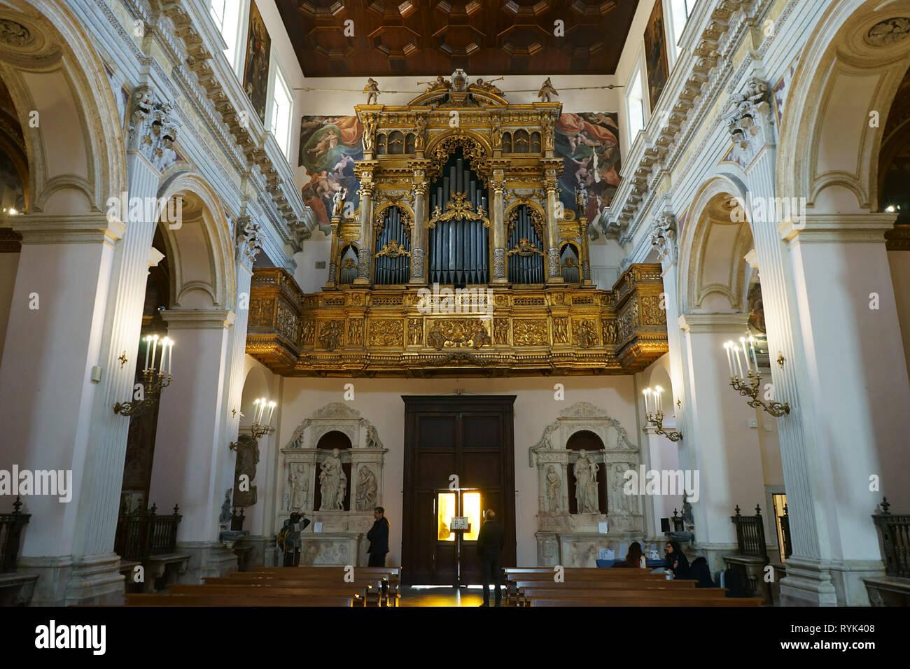Chiesa Sant'Anna dei Lombardi, Nápoles, Italia Imagen De Stock