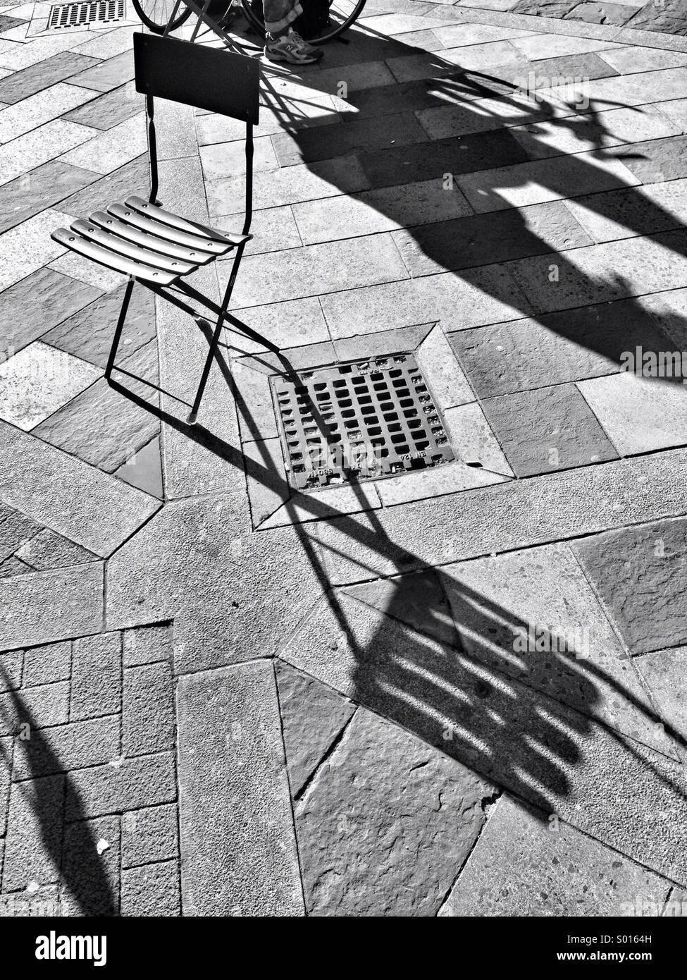 Puesta de sol sobre el pavimento de la ciudad Imagen De Stock