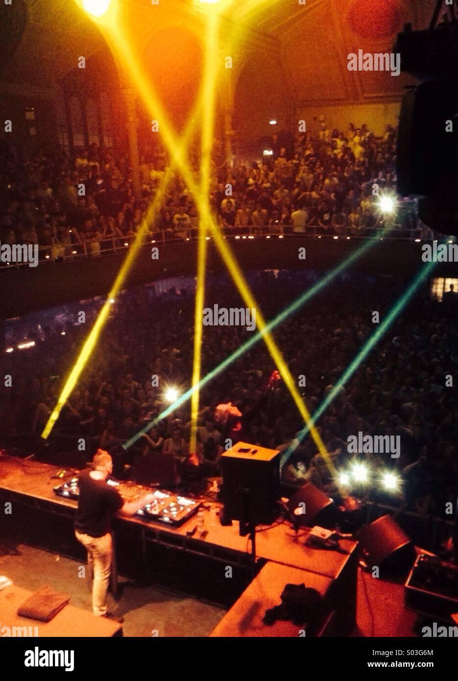 Chase y el estado dj set Manchester Royal Albert Hall el 5 de abril de 2014 Foto de stock