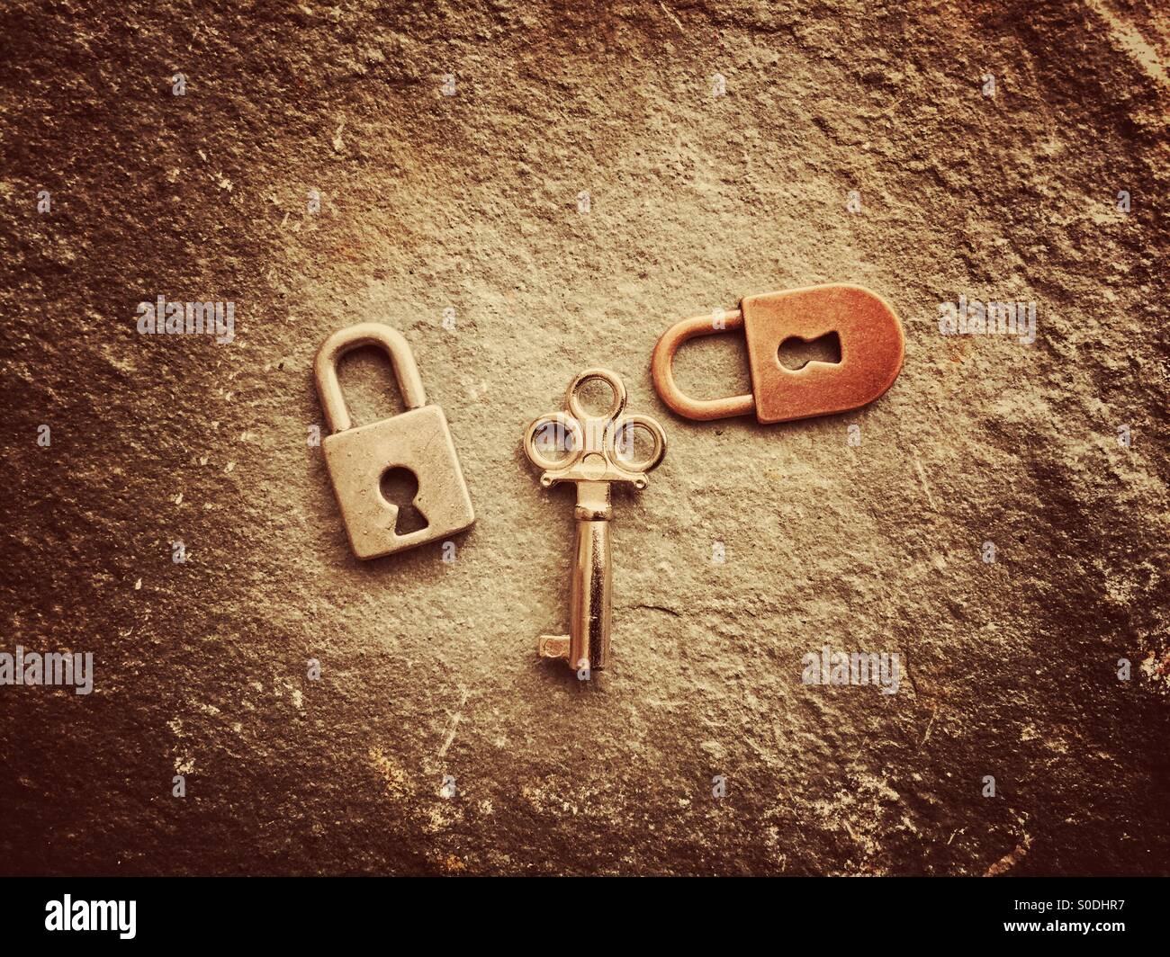 Cerraduras y llave Imagen De Stock