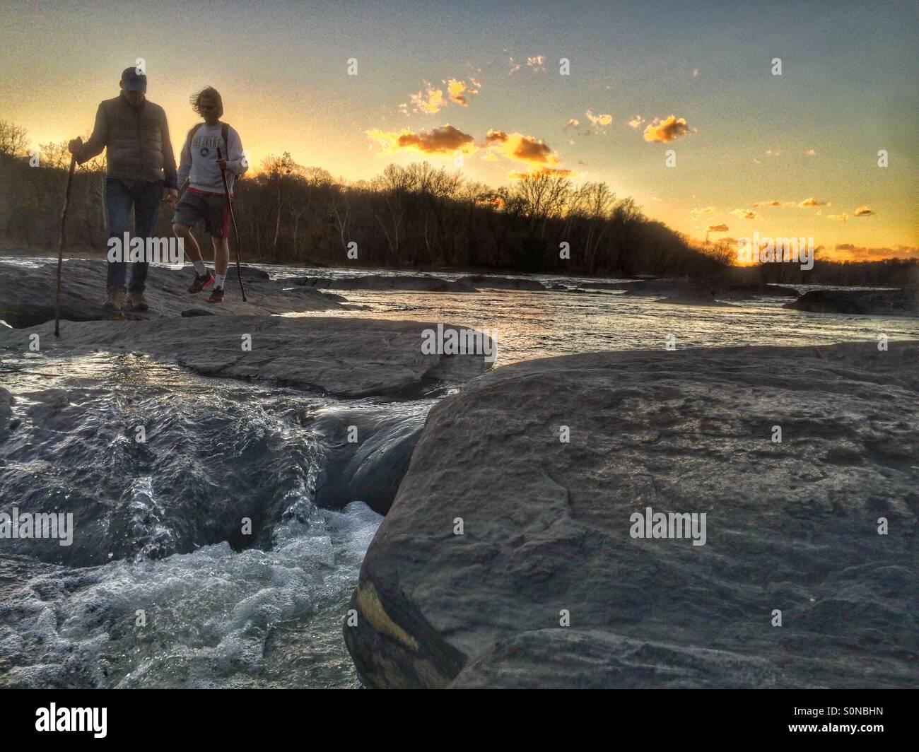 Explorar el río Potomac , Harper's Ferry, Virginia del Oeste Imagen De Stock