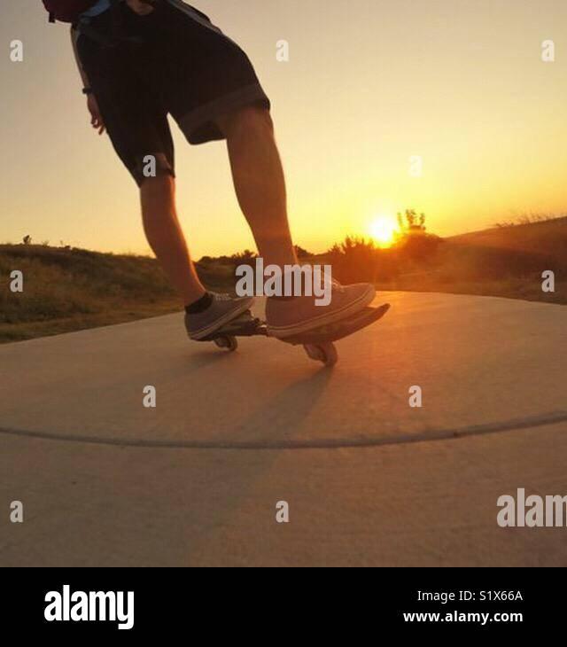 Paseo puesta del sol Imagen De Stock